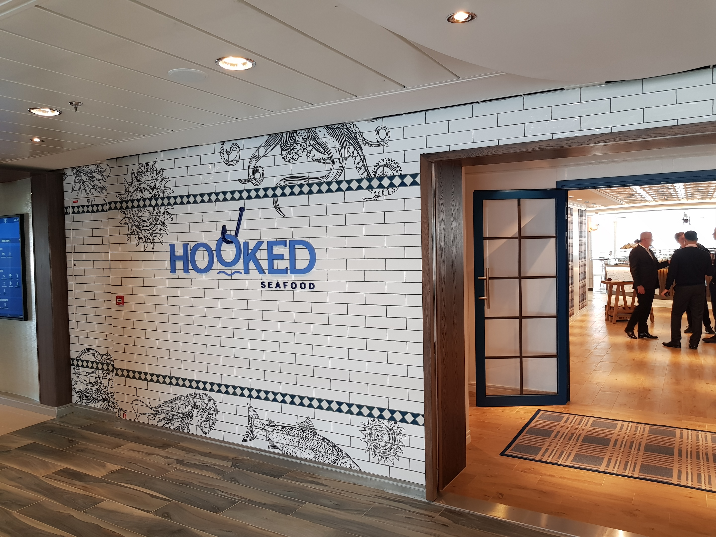 Hooked tiles